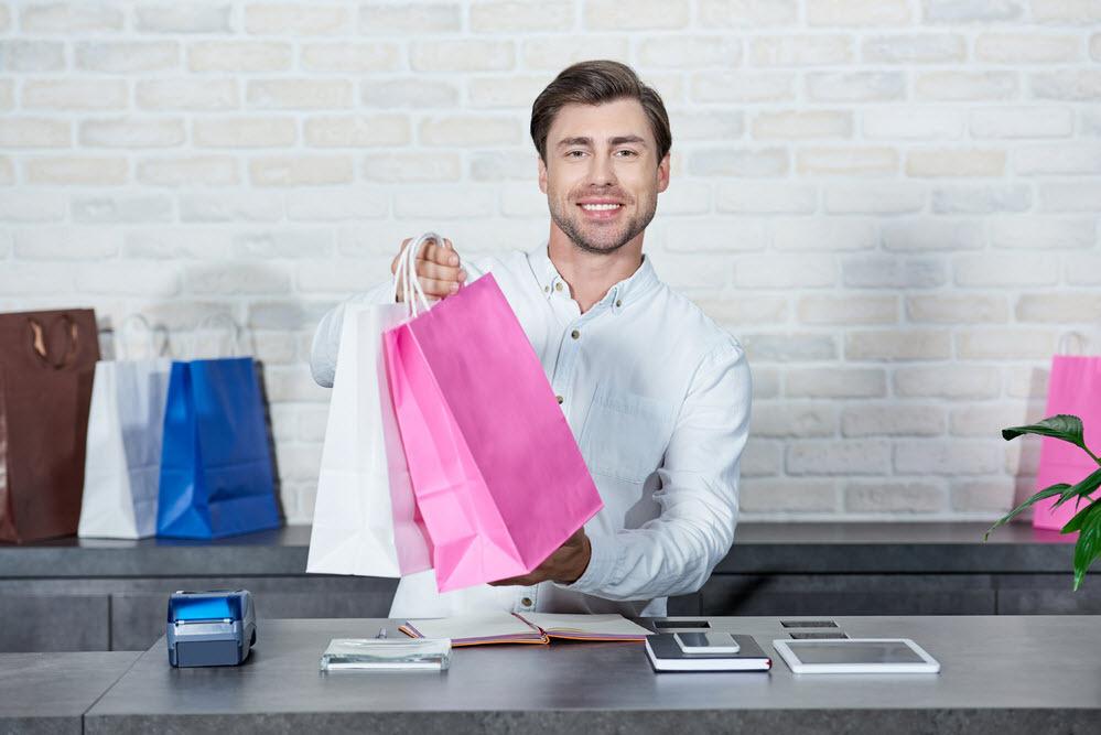 20200203-retail-store